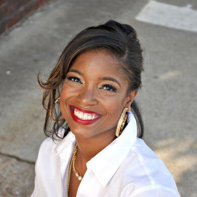 LASHANA WILLIAMS, Career Coach and Success Navigator.