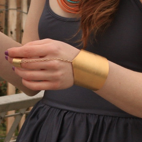 Medieval Cuff w/Midi Knuckle Ring
