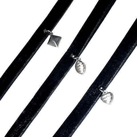 Black Leather Choker w/charm