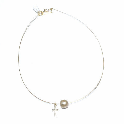 Pearl-Cross Thin Wire Choker