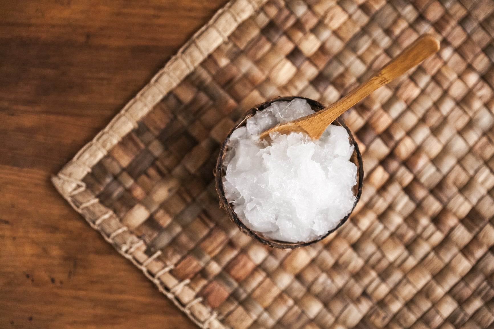 Benefits of Coconut Oil Pulling