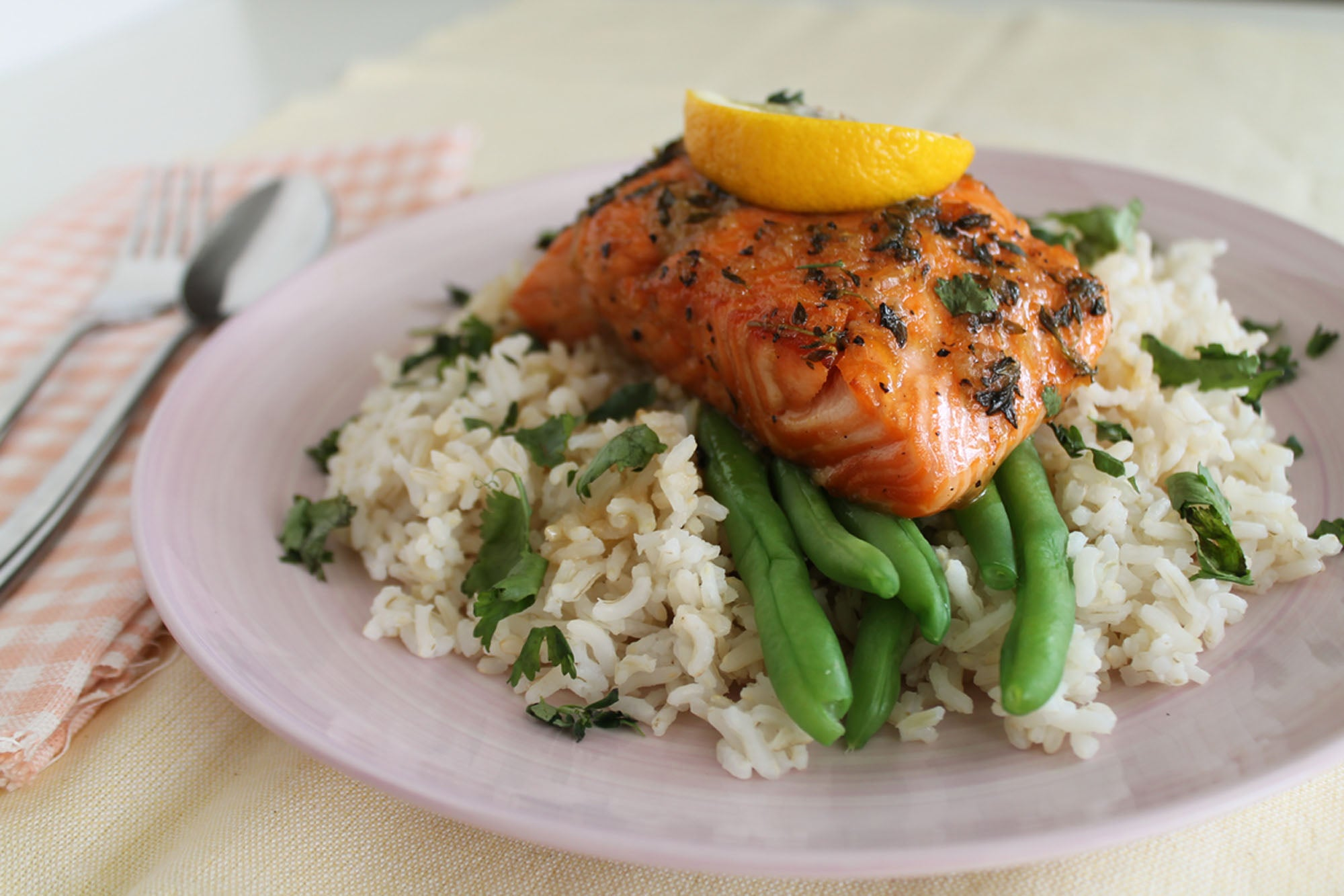 Honey Thyme Baked Salmon with Steamed French beans and Brown Rice + Dessert