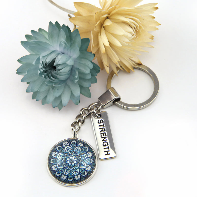 Heart and Soul - Vintage Silver Keyring with ' STRENGTH ' charm - Floral Ice (11154)