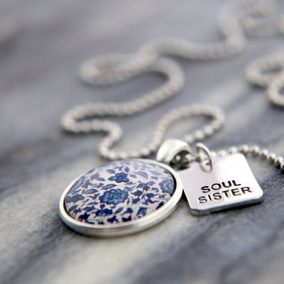 Word charm jewellery, word charm jewelry, encouraging inspirational words to inspire and gift to your friends and sisters - Soul Sister