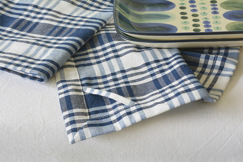 Set Of 2 Off White Navy Hand Loom Cotton Dish Towels