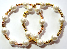 Load image into Gallery viewer, Pearl and Rose Gold Bead Bracelet Set