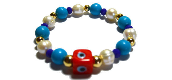 Lucky Eye Cube Elastic Pearl and Czech Crystal Bracelet