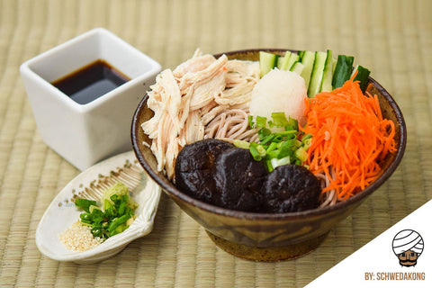 Japanese-Style Soba with Chicken Breast and Mix Vegetables