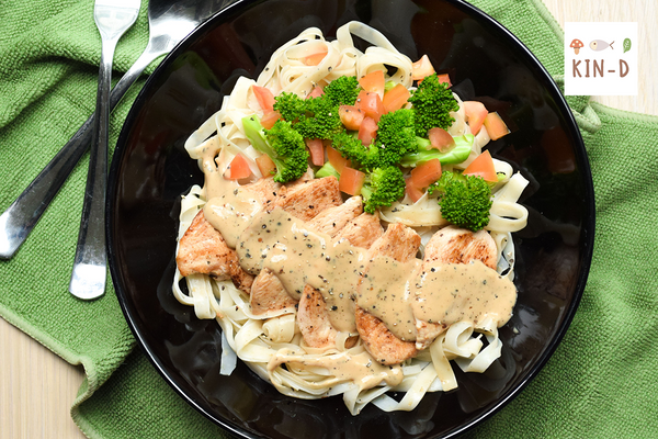Chicken Fettuccine with Black Pepper Sauce