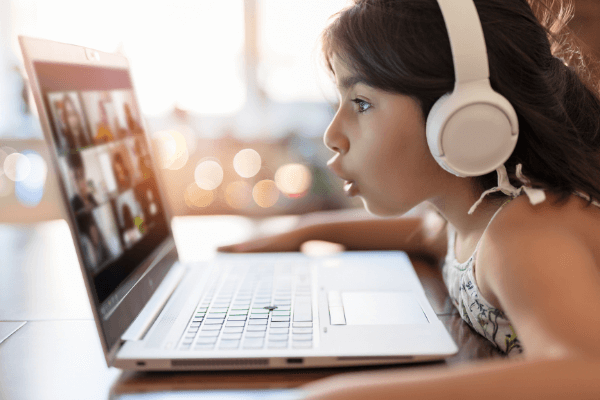 how technology has changed our education - online courses and classes