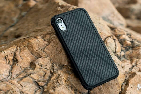 iPhone 11 protective and slim case from PITAKA