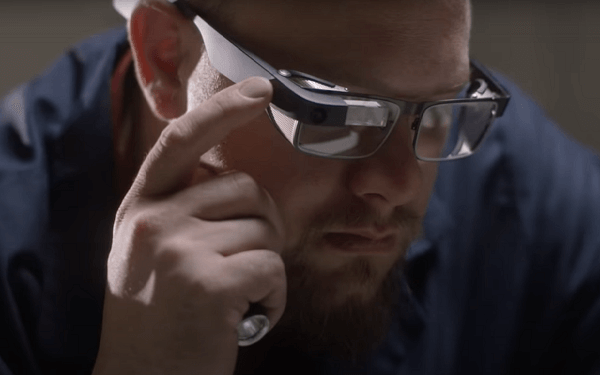Google Glass, application of modern wearable technology
