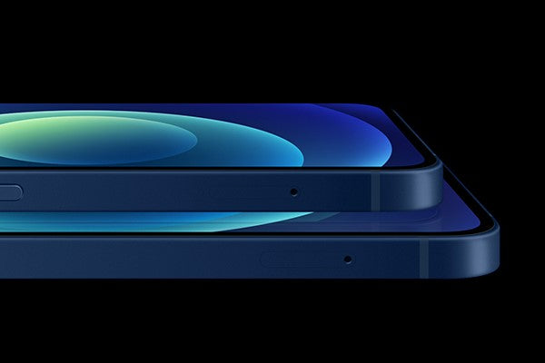 All four iPhone 12 models feature OLED display