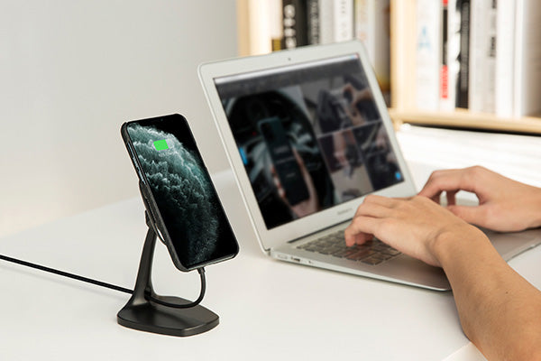 desktop wireless charging stand turn off your phone while charging