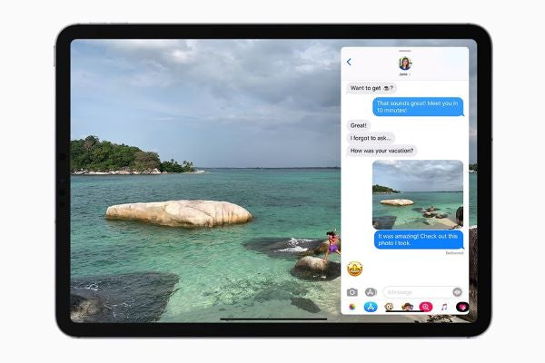 multitask on iPad Pro by using Slide Over app