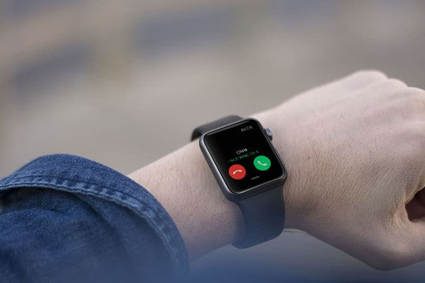 Incoming call from Apple Watch instant notification