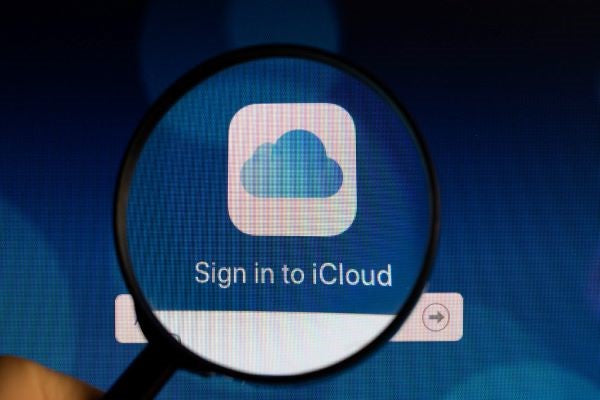 Share content between all Apple devices by logging in the same iCloud account