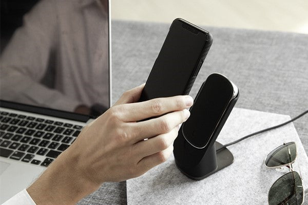 magnetic wireless charger  power bank for iPhone
