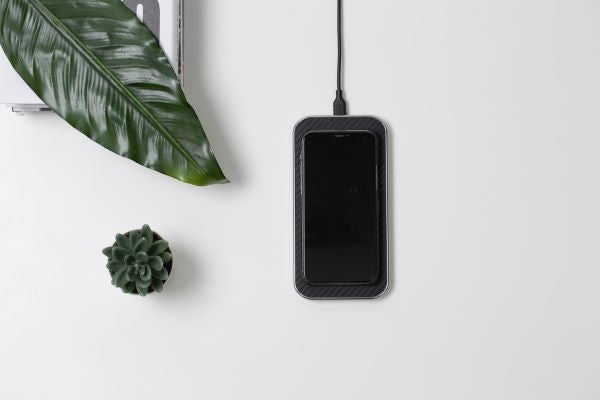 PITAKA wireless charger Air Essential