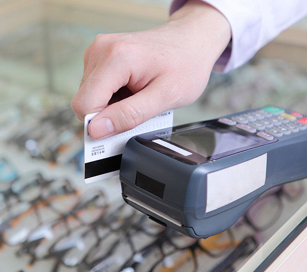 magnetic credit card and magnetic credit card reader
