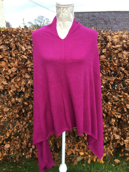 Cashmere Poncho in Deep Pink
