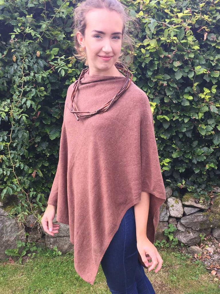Cashmere & wool poncho in chestnut brown