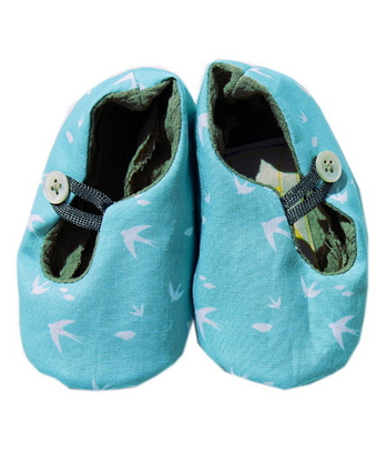 Baby shoes - Turquoise with white birds - Tendre Deal