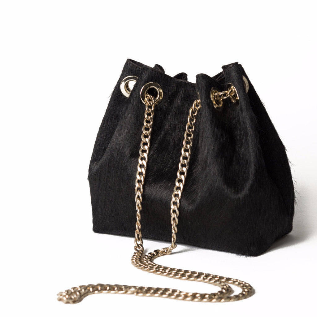 09a7edf2f415 LULU Black Cross-body Bag – ZI   LUWA