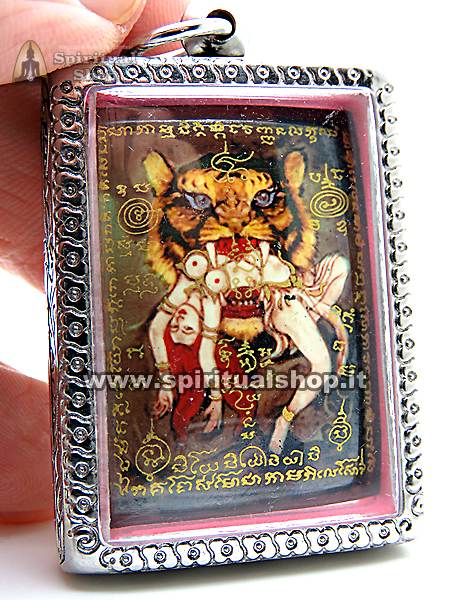amuleto master tiger locket
