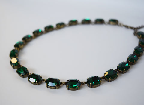Emerald Green Swarovski Crystal Necklace - Medium Oval
