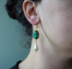Emerald and Pearl Crown Earrings