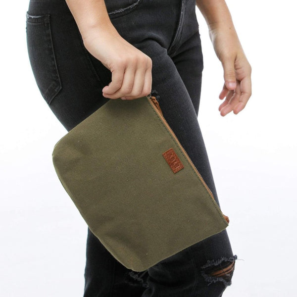 The Emnet Pouch - Olive Canvas