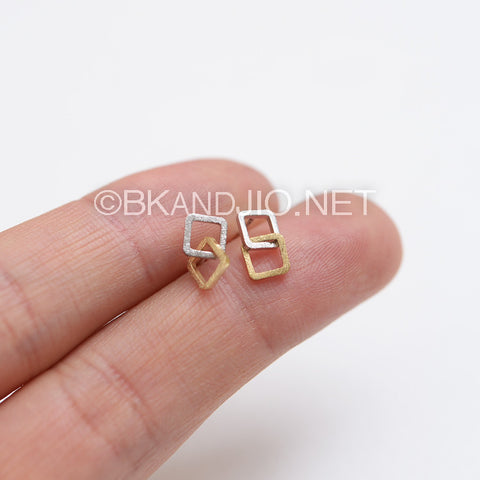 Linked Squares Stud Earrings