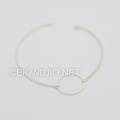 Sterling Silver Delicate Circle Bracelet