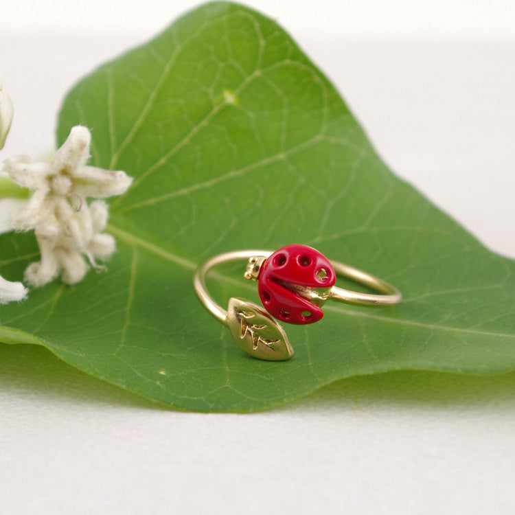 Lady Bird with Leaf Ring