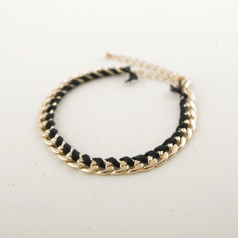 Thread Wrap Chain Bracelet (Black/ Ivory/ Pink/ Blue)