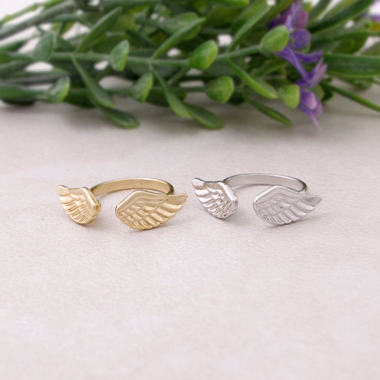 Angel Wings Knuckle Ring