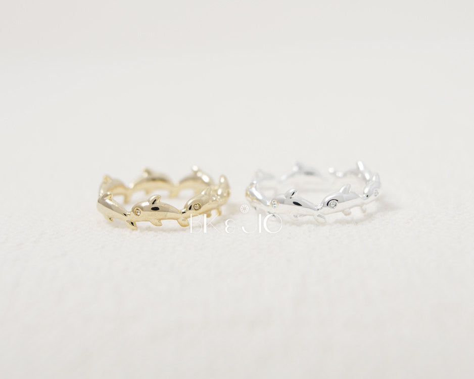 Linked Dolphin Knuckle Ring
