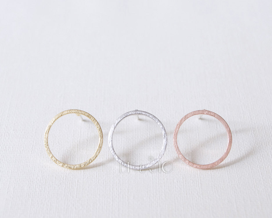 Open Circle Studs Earrings