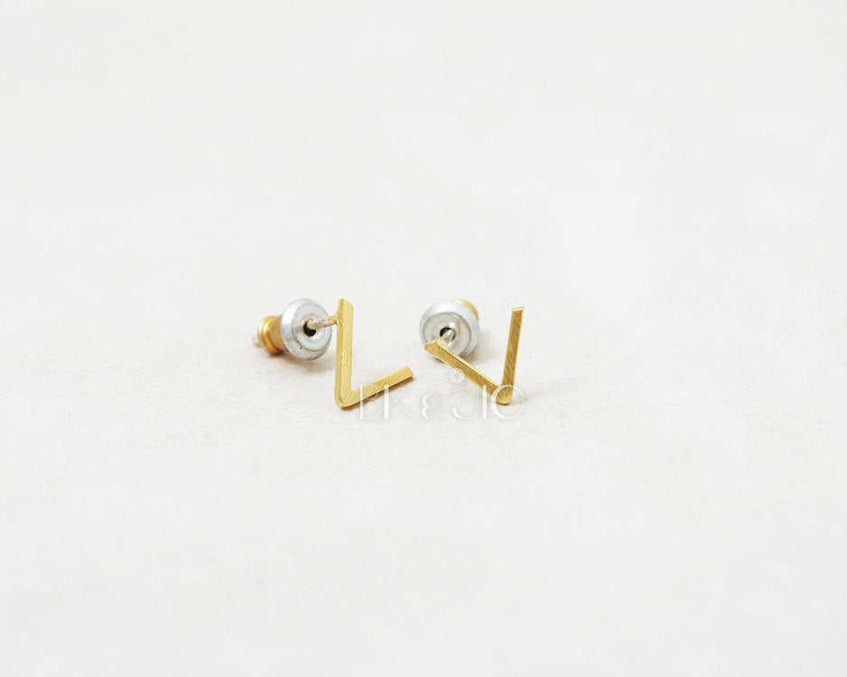 V Studs Earrings