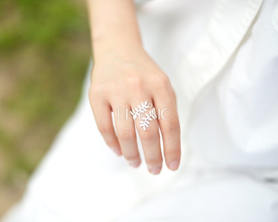 CZ Laurel Leaf Ring