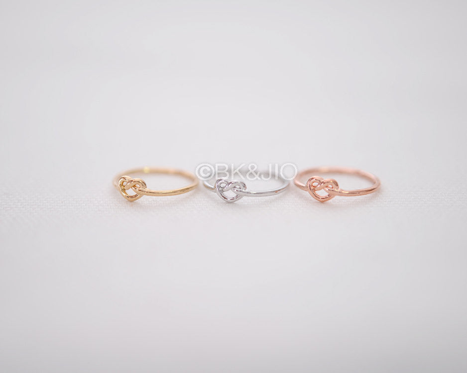 Tiny Knot Knuckle Ring