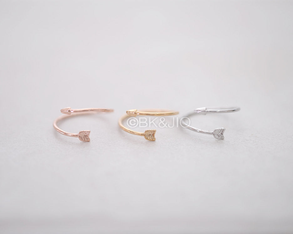 Luster Arrow Knuckle Ring