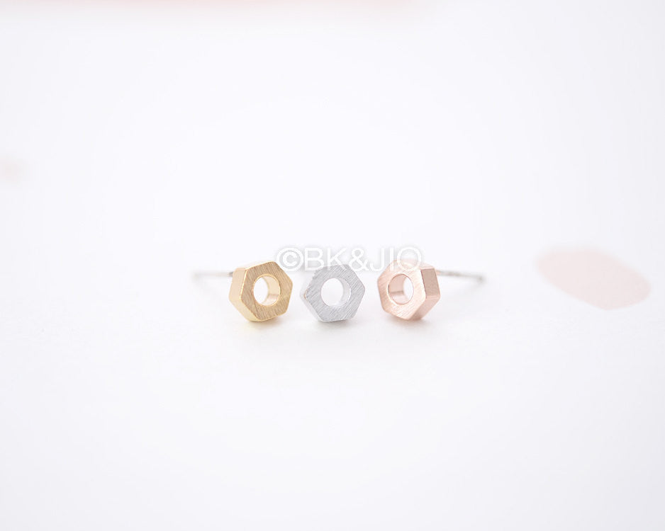 Nut Stud Earrings