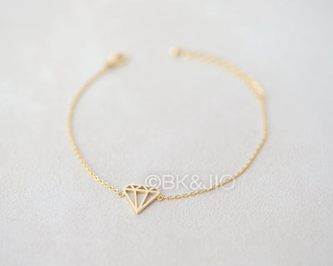 Flat Diamond Shaped Bracelet