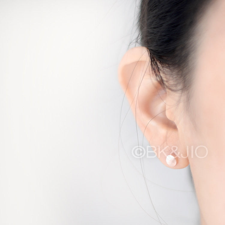 Padded Dot Stud Earrings