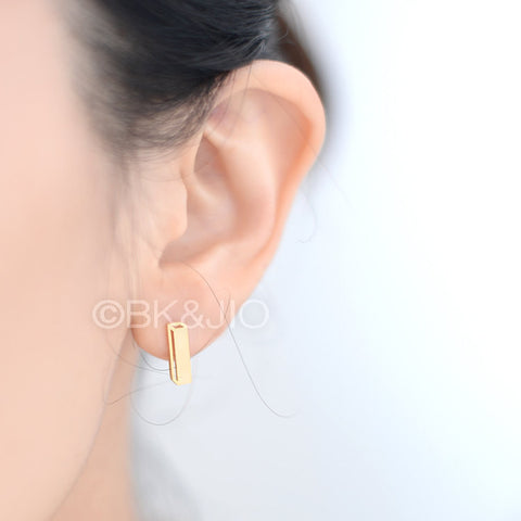 3D Wide Box Stud Earrings