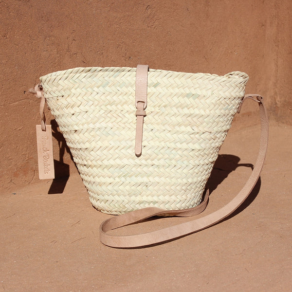 Adèle Mini basket with leather natural closure