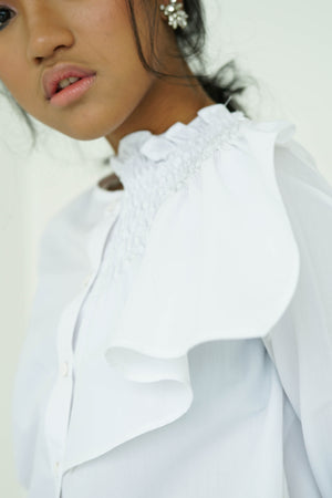 [PRE ORDER] White Side Ruffle Long Sleeve Shirt