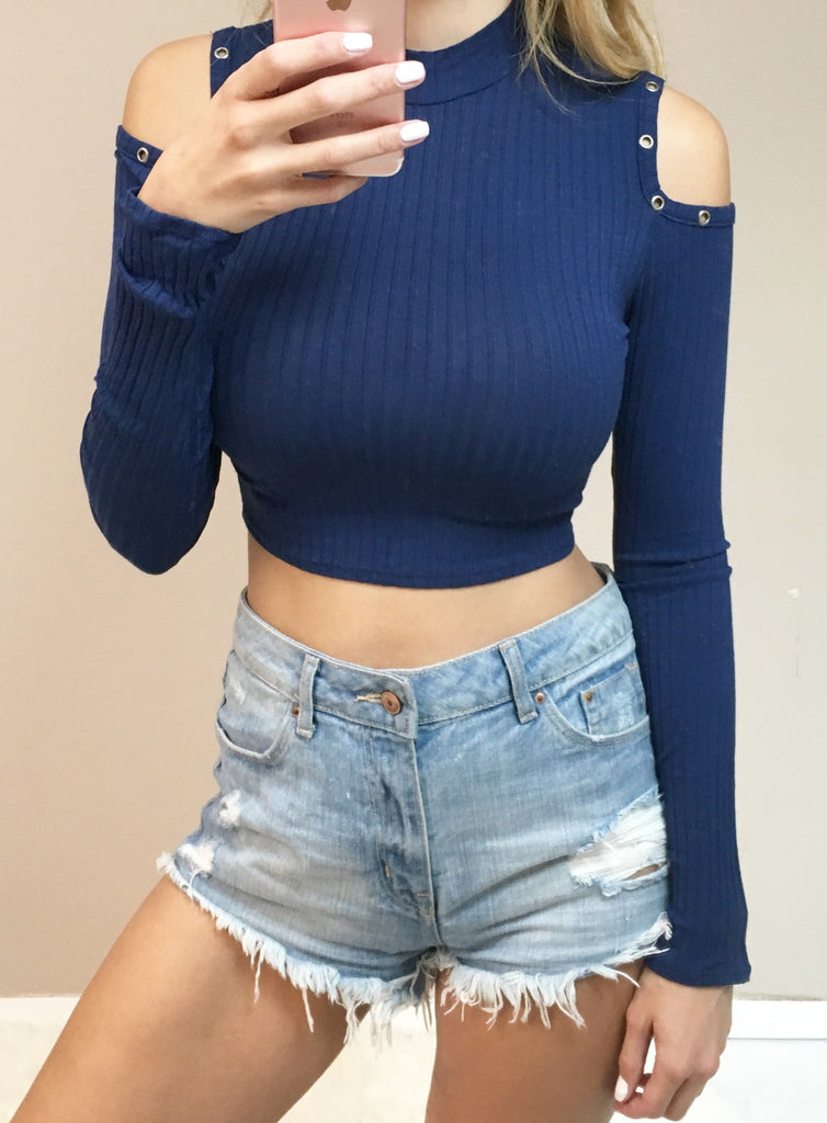 Turtleneck CropTop